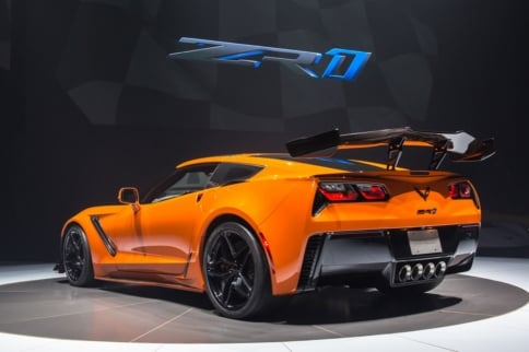 Video: Watch The C7 ZR1 Shoot Flames